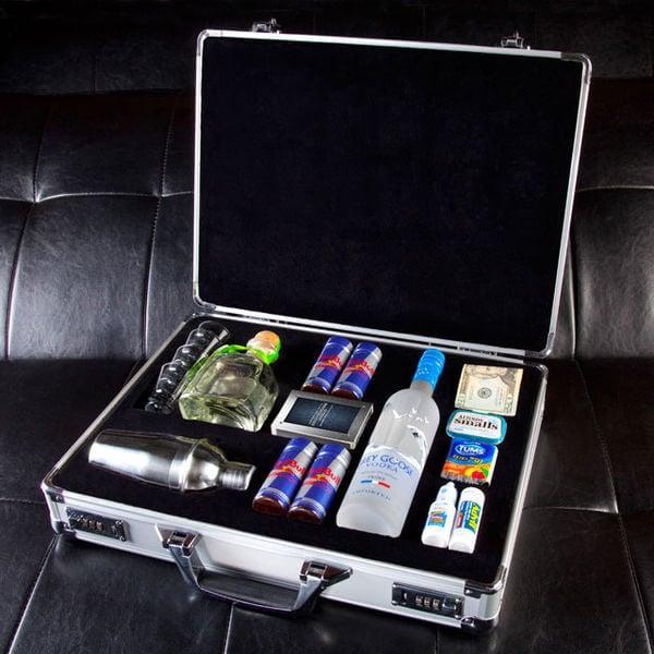 Сколько алкоголя можно провозить в самолете в багаже по России